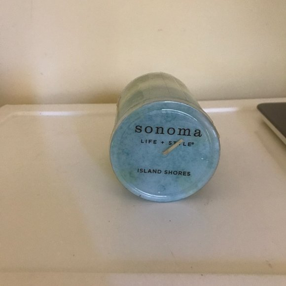 Brand New Sonoma Life + Style Island Shores Candle
